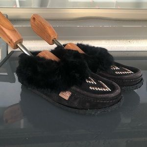 Laurentian Chief Canada Moccasins in Black Suede & Rabbit Fur